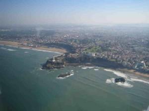 Biarritz en base 09 main gauche